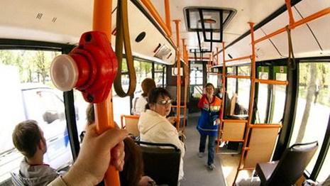 prizhimaniya-v-transporte-foto